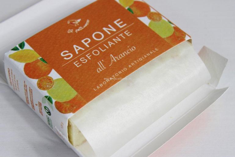 Dettaglio packaging Sapone Esfoliante all' arancio Il Pettirosso