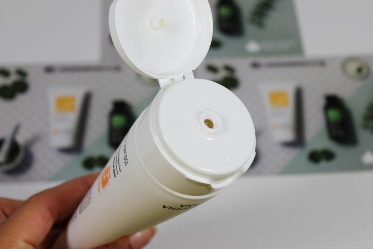 Dettaglio packaging Gel gambe leggere Biofficina Toscana