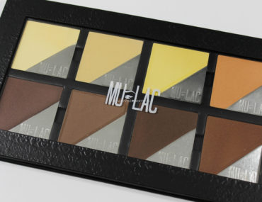 Contouring and highlighting Face Palette Atene Mulac