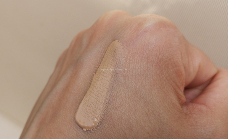 Swatch 329 Infaillible More than concealer L'Oreal