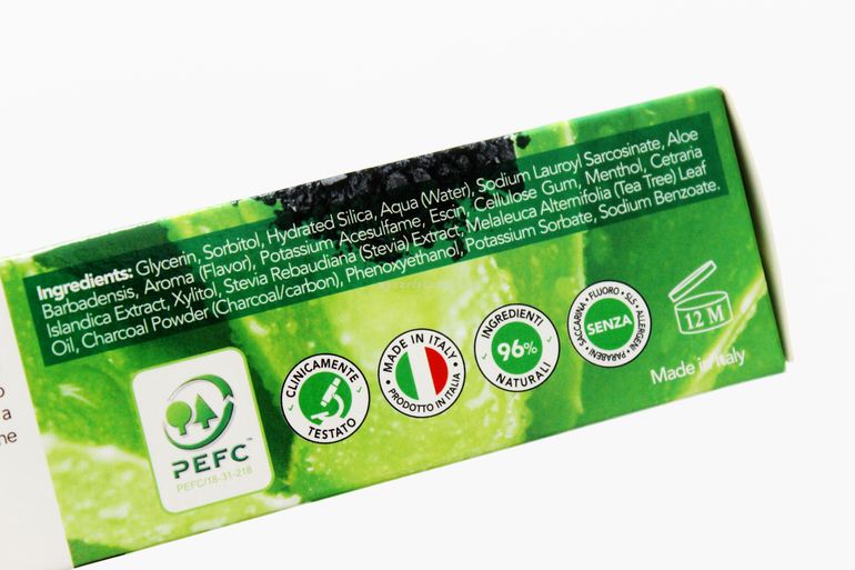 Inci Carbo dentifricio Gel Carbone Attivo Equilibra