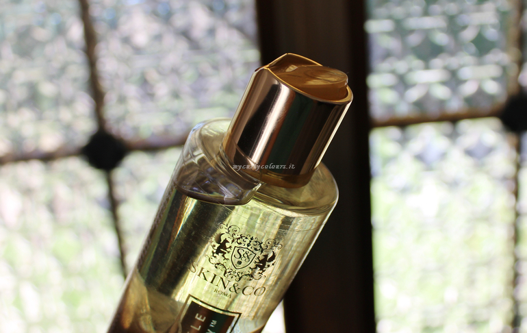 Dettaglio packaging Cleansing Oil Truffle Therapy Skin & Co Roma