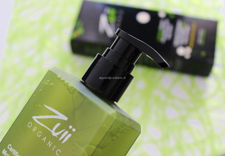 Dettaglio dispenser Flora Moisturising Body Wash Zuii Organic
