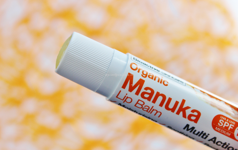 Dettagli packaging Manuka lip balm Multi Action SPF 15 Dr Organic