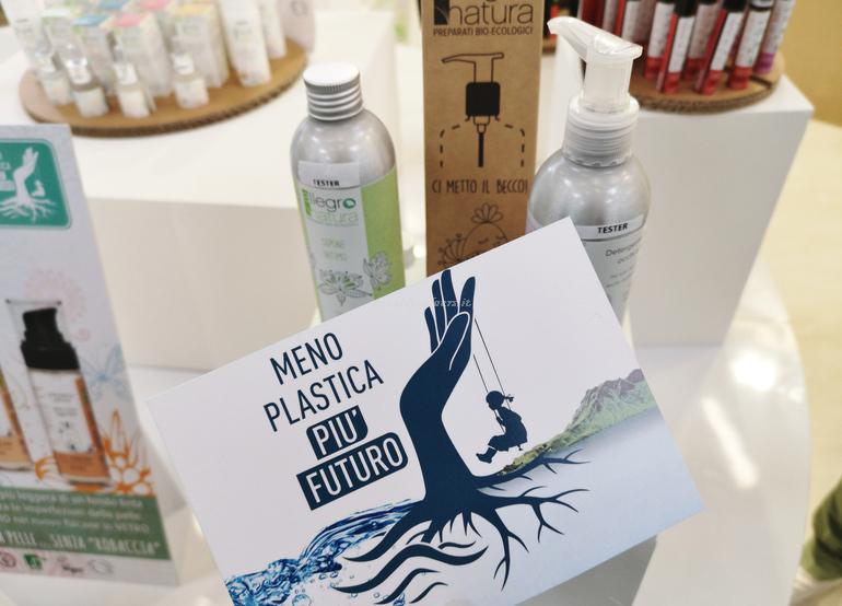 Meno plastica più futuro Allegro Natura stand SANA 2019