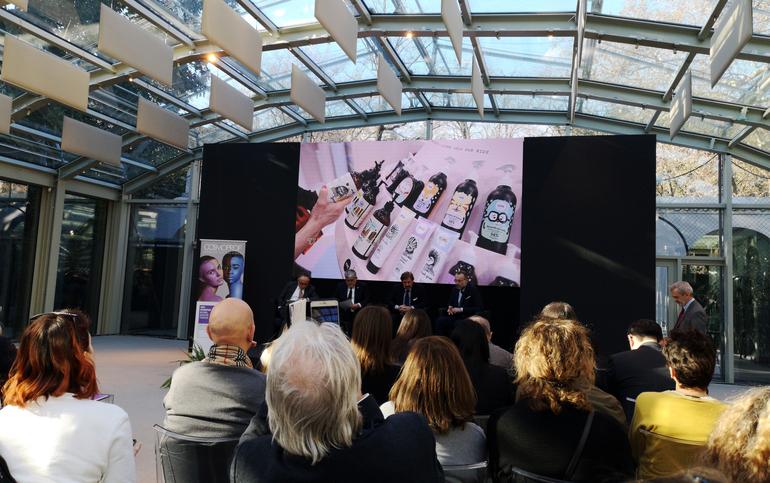 Immagine da conferenza stampa Cosmoprof 2020 nella Glass House di Villa Necchi a Milano